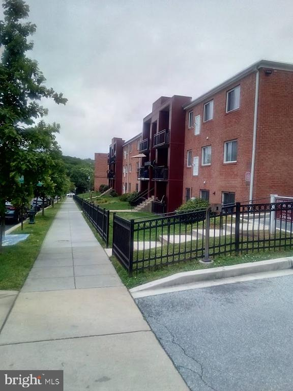 Street view   nice block - 4800 C ST SE #104, WASHINGTON