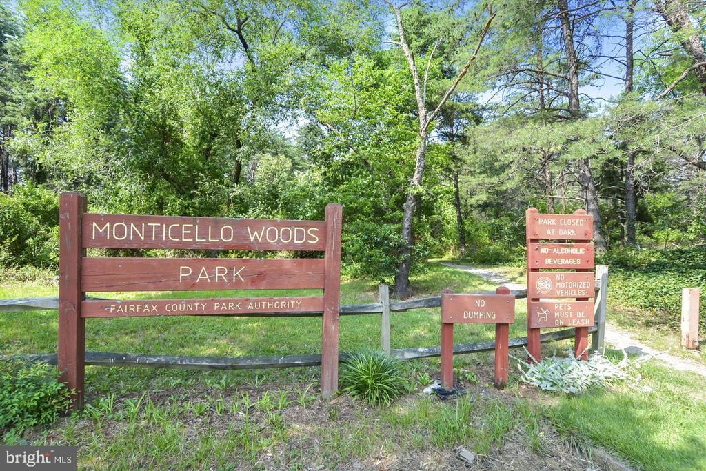 Neighborhood Park - 6495 TOPSAILS LN, SPRINGFIELD