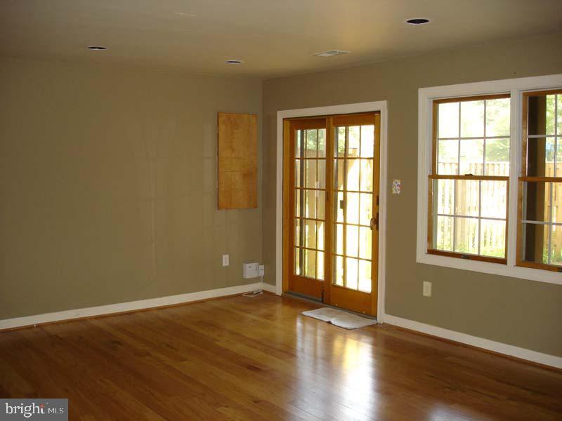 Large lower level rec/great room... - 6061 ESTATES DR, ALEXANDRIA