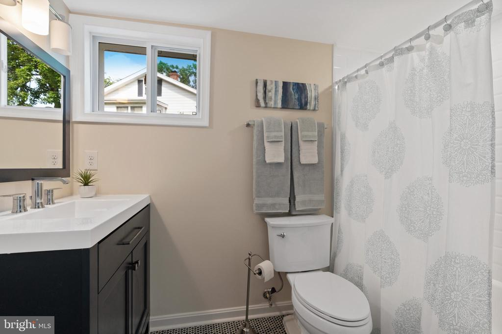 Lower Level Bath - 2705 HAMLIN ST NE, WASHINGTON