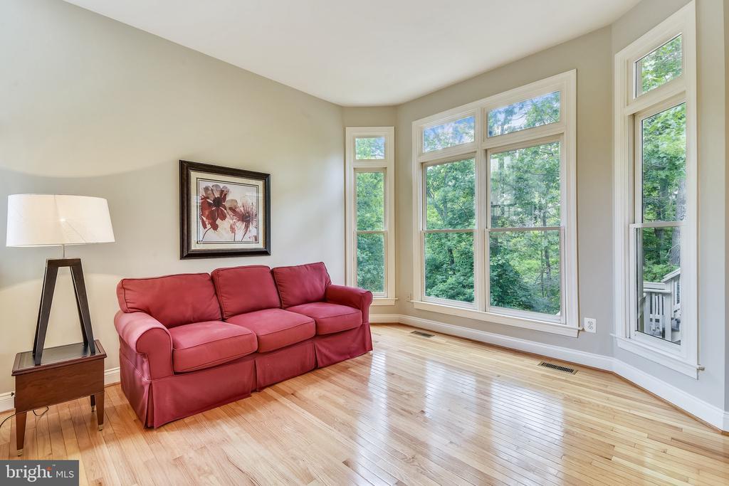 Sitting area off the kitchen - 43554 FIRESTONE PL, LEESBURG