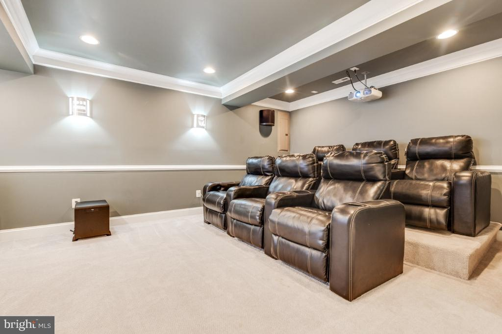 Wonderful Theatre Room with Stadium Seating - 21921 SILVERDALE DR, ASHBURN
