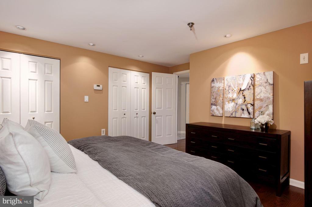Master bedroom wall of closets - 1312 MASSACHUSETTS AVE NW #109, WASHINGTON
