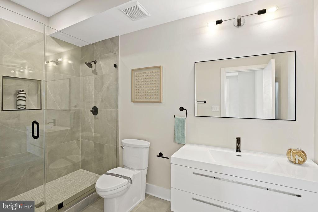 The master bathroom has a double vanity - 1821 I STREET NE #13, WASHINGTON