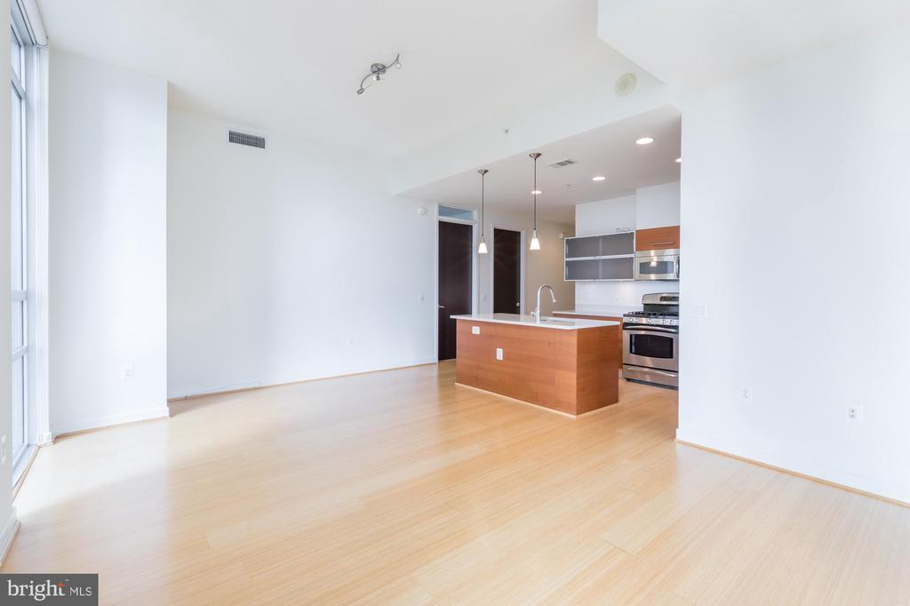Kitchen/Dining - 12025 NEW DOMINION PKWY #601, RESTON
