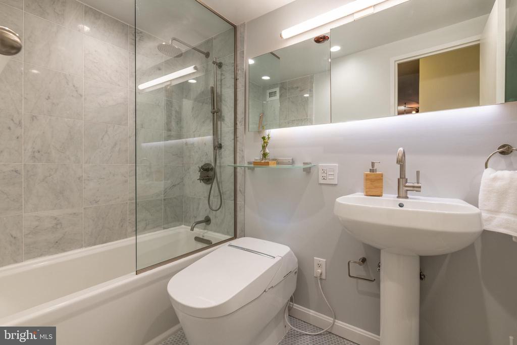 Bathroom - 1435 4TH ST SW #B710, WASHINGTON