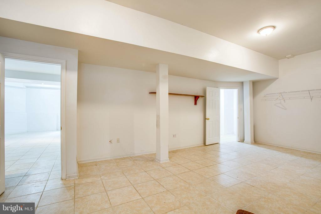 Living Space/Rec Area - 2227 COUNTRY RD, BEAVERDAM