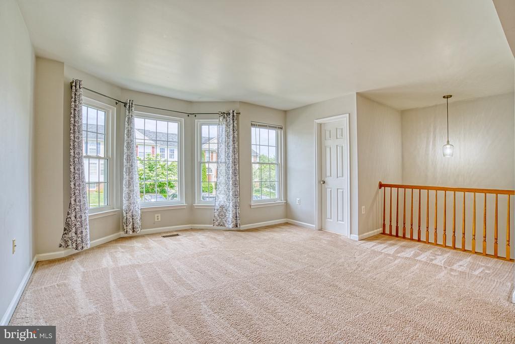 Living Room - 17367 AVION SQ, ROUND HILL