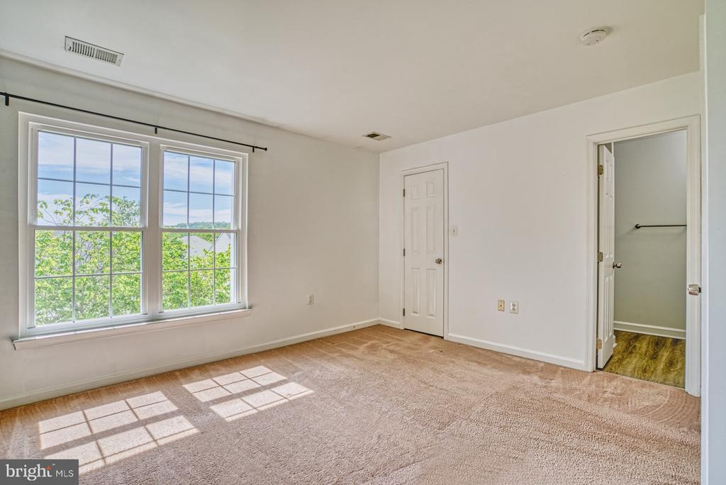 Master Bedroom - 17367 AVION SQ, ROUND HILL