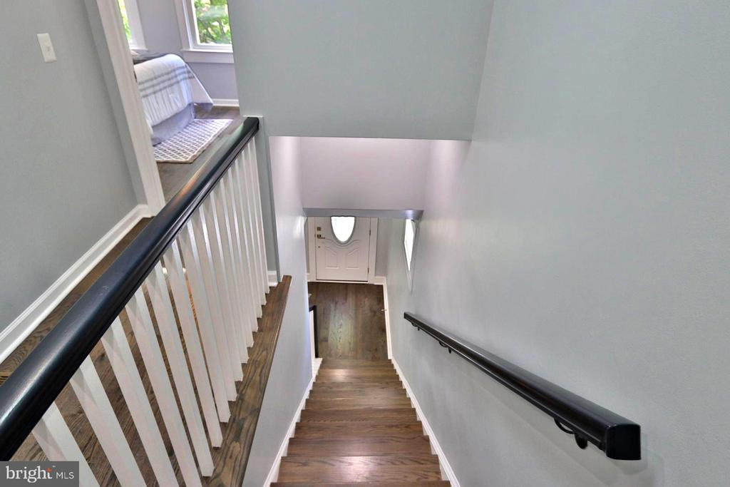 STAIRS - 1437 E ST NE, WASHINGTON