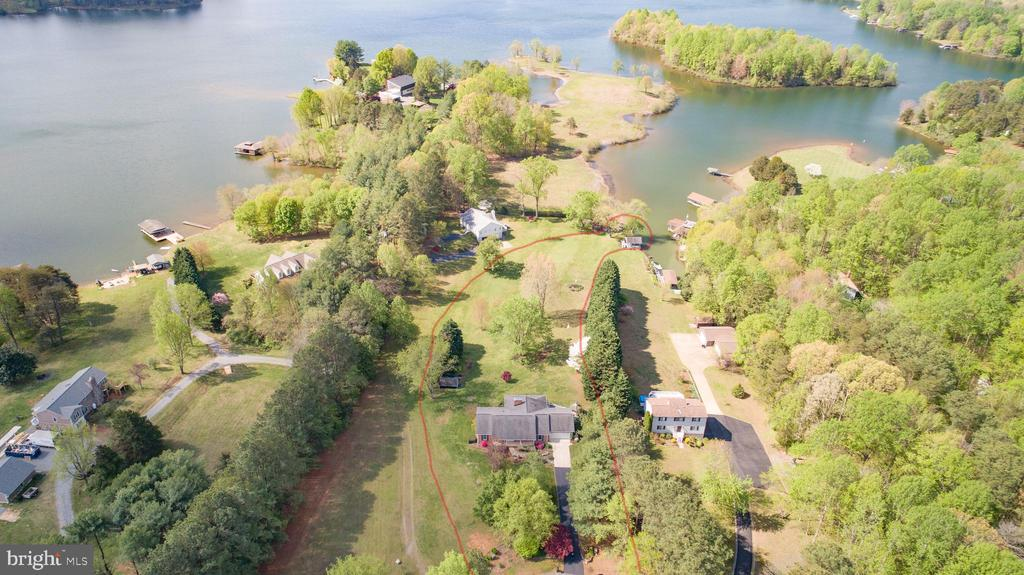 Lake Anna Waterfront - 3600 MORNING GLORY RD, BUMPASS