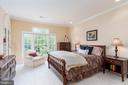 Bedroom two with shared bathroom - 3242 FOXVALE DR, OAKTON