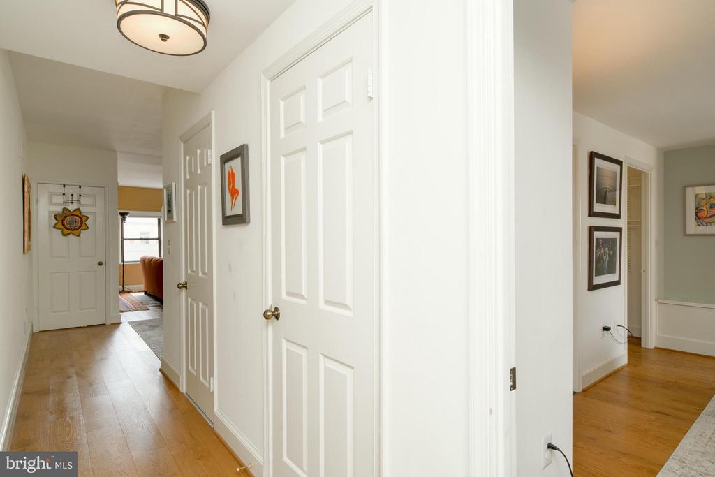 - 2012 WYOMING AVE NW #504, WASHINGTON