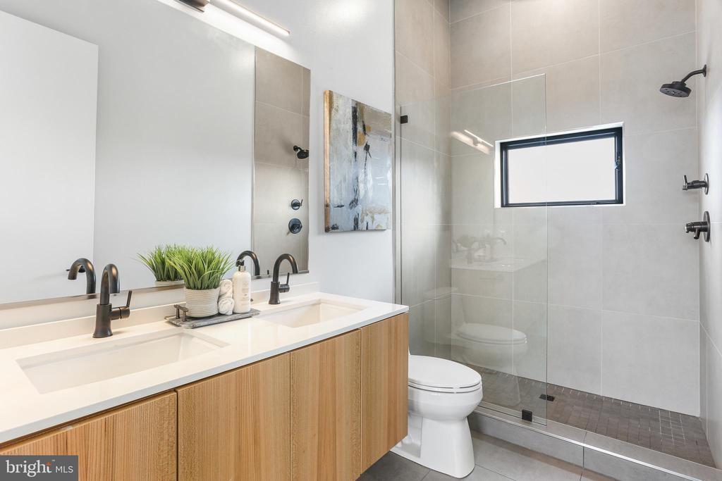 Frameless Shower Glass Door - 1434 CHAPIN ST NW #4, WASHINGTON