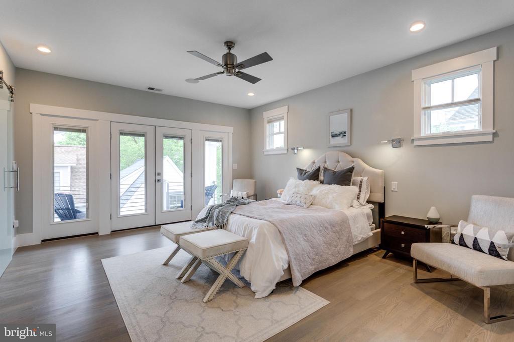 Master bedroom - 1313 N HERNDON ST, ARLINGTON