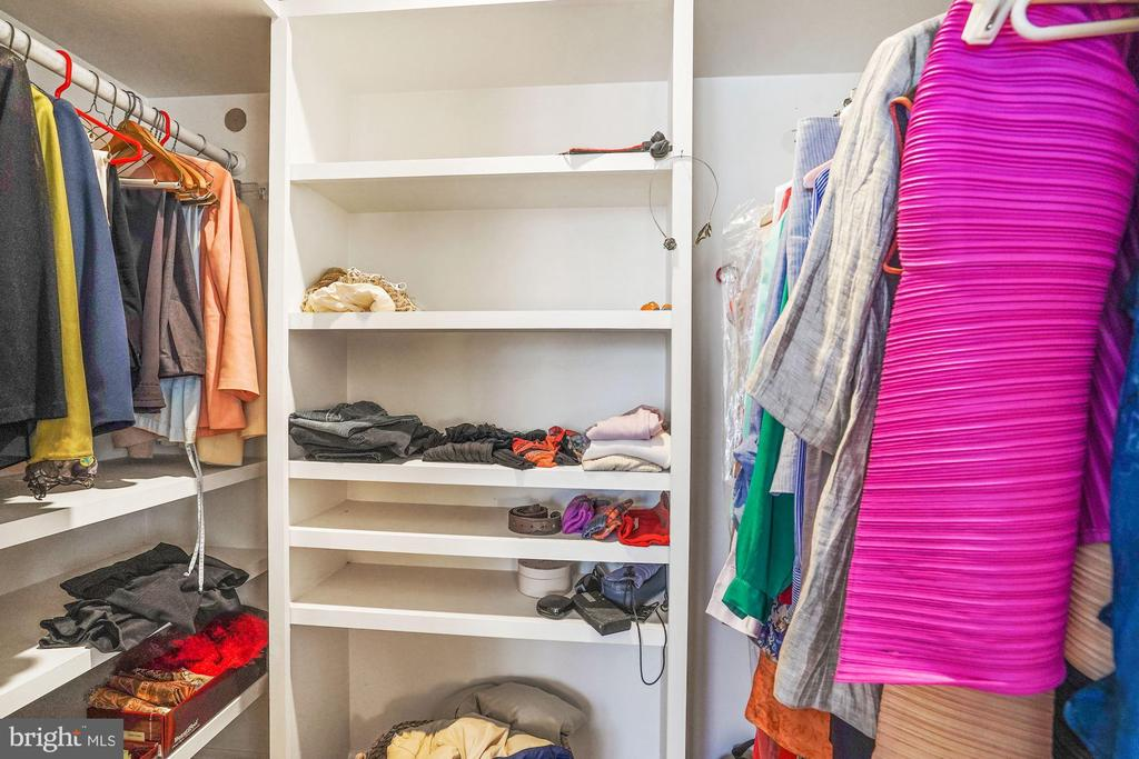 Master walk-in Closet - 4000 CATHEDRAL AVE NW #20-21B, WASHINGTON