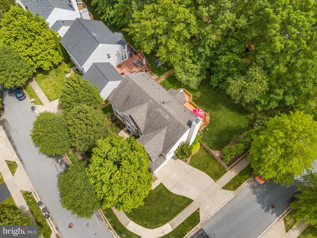 - 18456 CROWNSGATE CIR, GERMANTOWN
