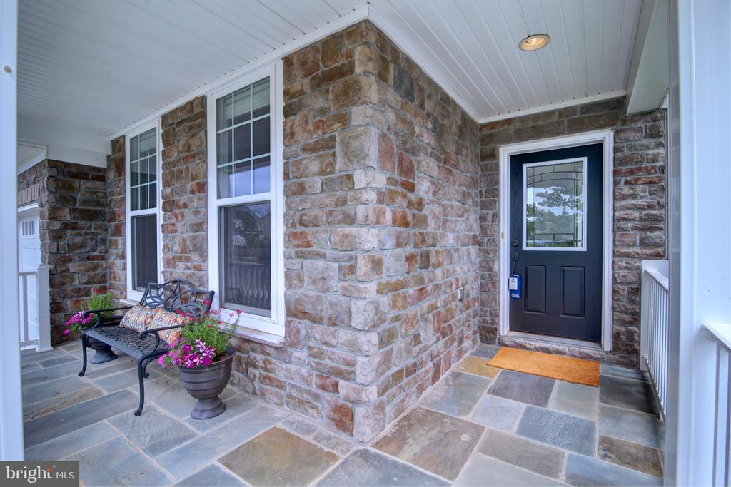 Gorgeous & Inviting Covered Front Porch - 42602 STRATFORD LANDING DR, BRAMBLETON