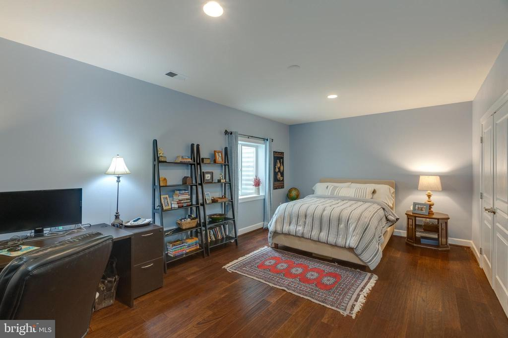 Lower level 5th Bedroom with hardwood - 15645 CRISTABEL LN, LEESBURG