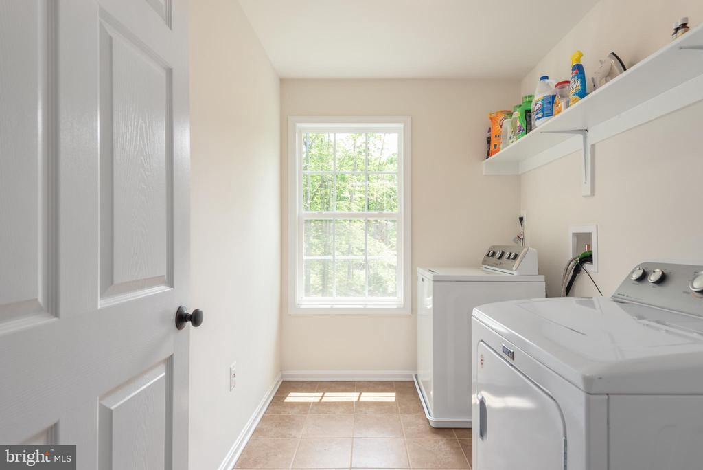 Second floor laundry room - 259 HEFLIN RD, STAFFORD