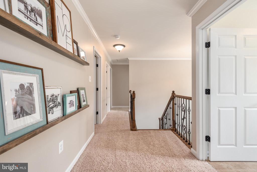 Open hallway - 259 HEFLIN RD, STAFFORD