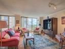 Living room - 4801 FAIRMONT AVE #902, BETHESDA