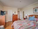 Master bedroom - 4801 FAIRMONT AVE #902, BETHESDA