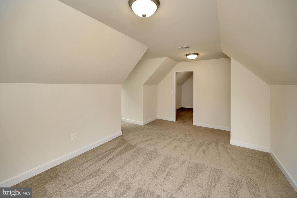 Bonus Multi purpose room upper level - 34129 ENCHANTED WAY, LOCUST GROVE