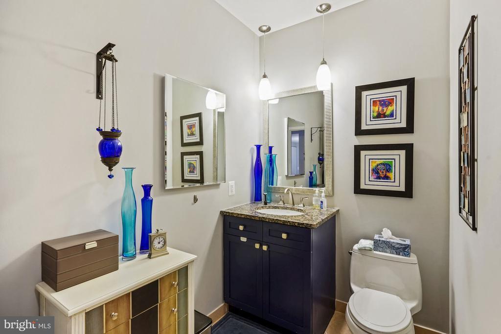 Full Bath - 675 E ST NW #350, WASHINGTON