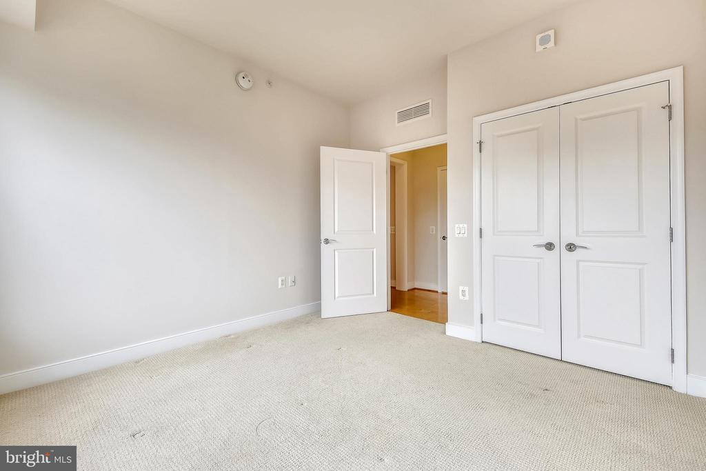 Master Bedroom - 7710 WOODMONT AVE #1207, BETHESDA