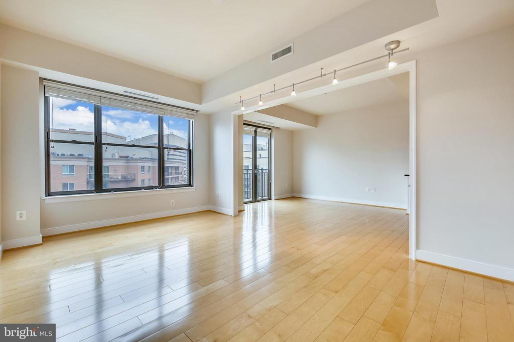 Living Room to Breakfast room - 7710 WOODMONT AVE #1207, BETHESDA