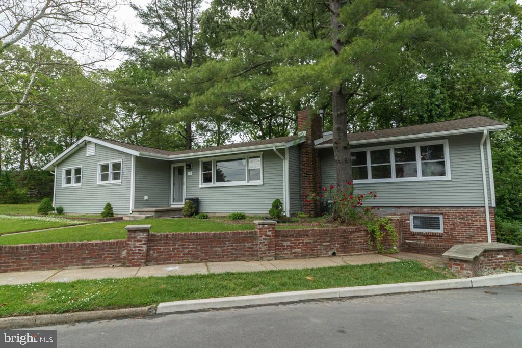 Single Family Homes 为 销售 在 Somerdale, 新泽西州 08083 美国