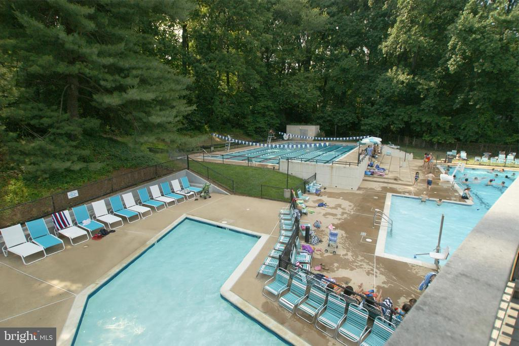 Mantua Pool and Tennis Club for Members Only - 9108 SOUTHWICK ST, FAIRFAX