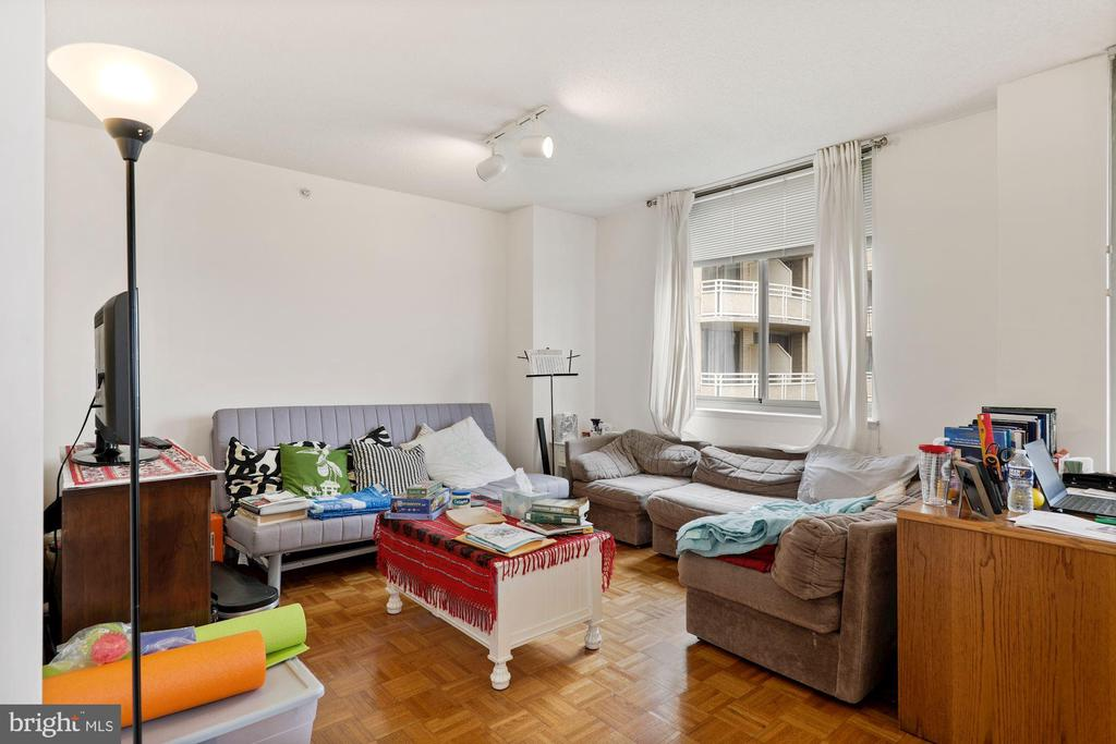 Living Room - 7111 WOODMONT #701, BETHESDA