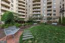 Outdoor Seating - 7111 WOODMONT #701, BETHESDA