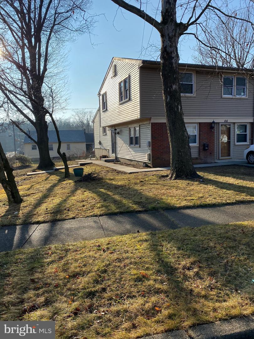 Property 为 销售 在 Lawnside, 新泽西州 08045 美国