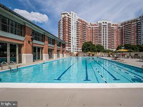 Outdoor Pool - 5809 NICHOLSON LN #409, NORTH BETHESDA