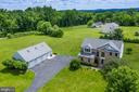 Bucolic Country Setting close to Purcellville - 13652 MOUNTAIN RD, HILLSBORO