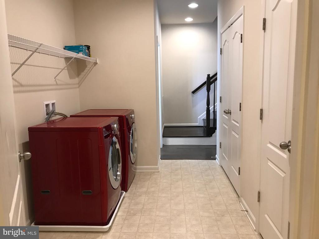 Laundry Room - 12'x 9' - 112 FREESIA LN, STAFFORD