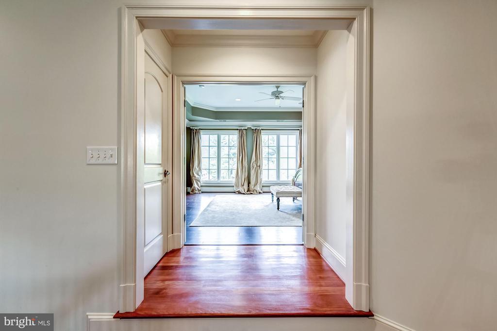 Master Bedroom Entrance - 606 DEERFIELD POND CT, GREAT FALLS