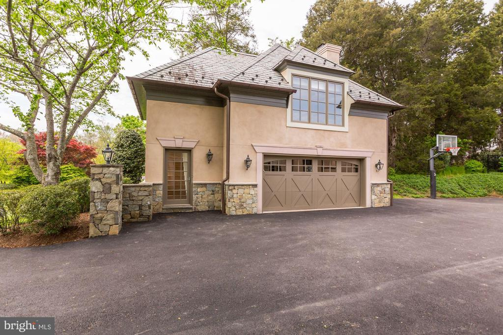 Guest House - 606 DEERFIELD POND CT, GREAT FALLS
