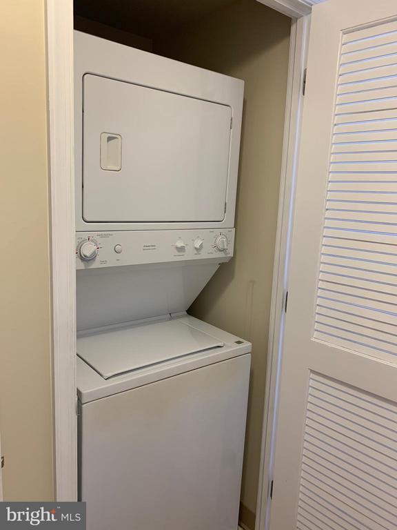 Washer & Dryer - 11760 SUNRISE VALLEY DR #606, RESTON