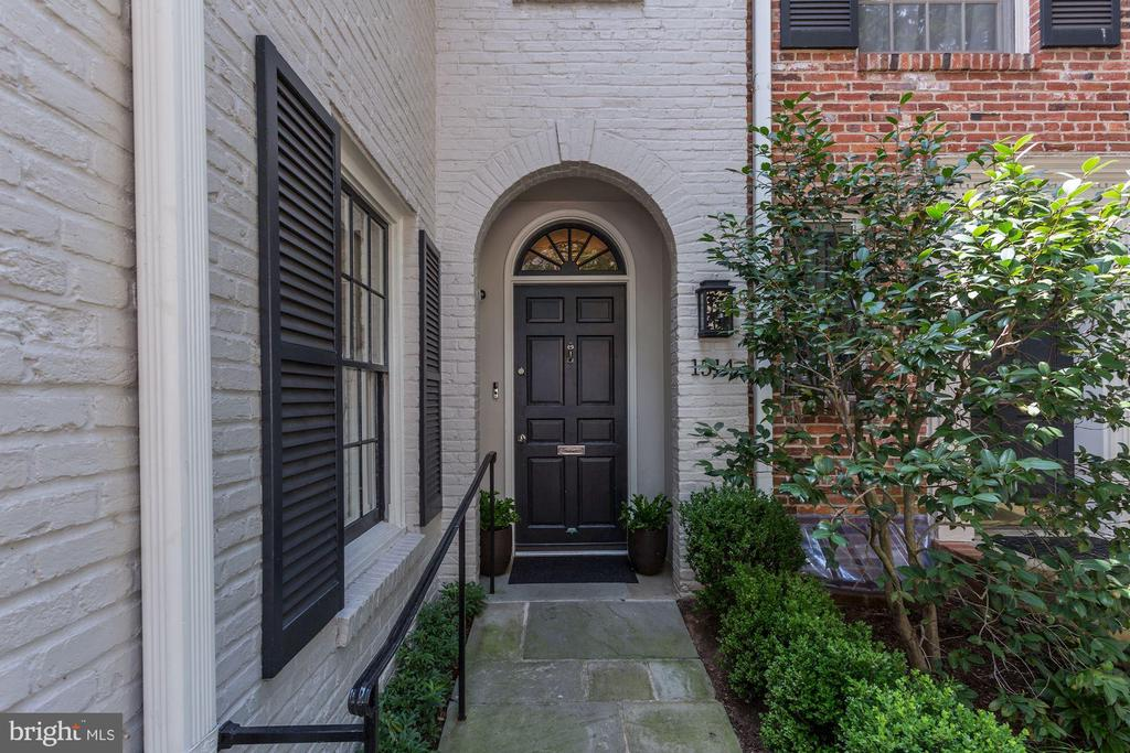 Entrance - 1514 30TH ST NW, WASHINGTON