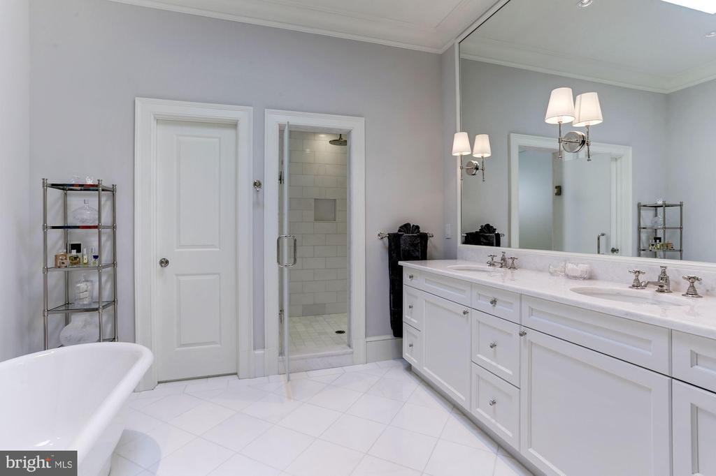 Master Bathroom - 1514 30TH ST NW, WASHINGTON