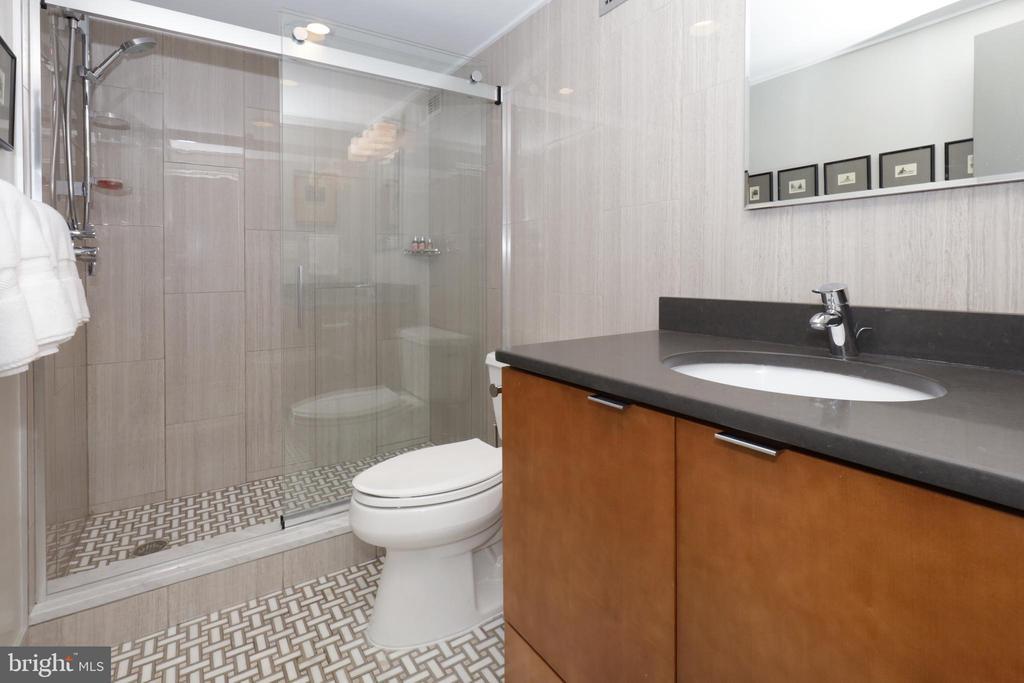 2nd Full Bath - 1200 N NASH ST #824, ARLINGTON