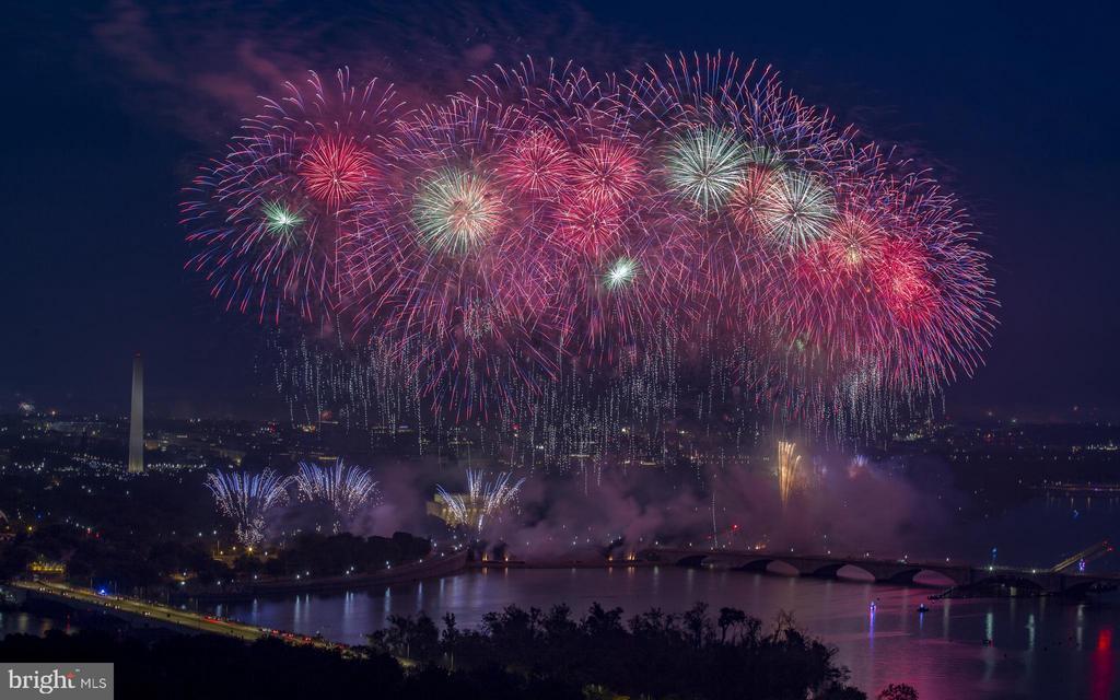 Fireworks in DC - 1200 N NASH ST #824, ARLINGTON