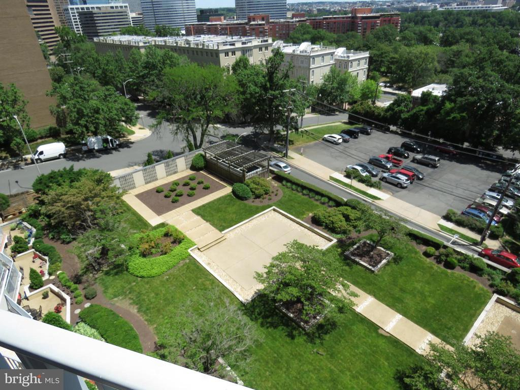 View of Courtyard from Balcony - 1200 N NASH ST #824, ARLINGTON
