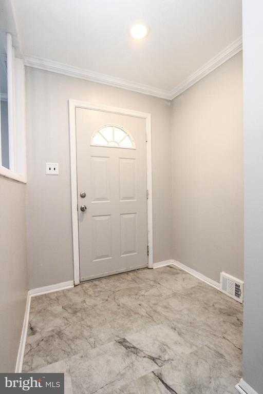 Front Door - 7505 MENDOTA PL, SPRINGFIELD