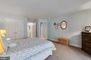 Lower Lever Bedroom With Bath - 8 BATTERY POINT DR, FREDERICKSBURG
