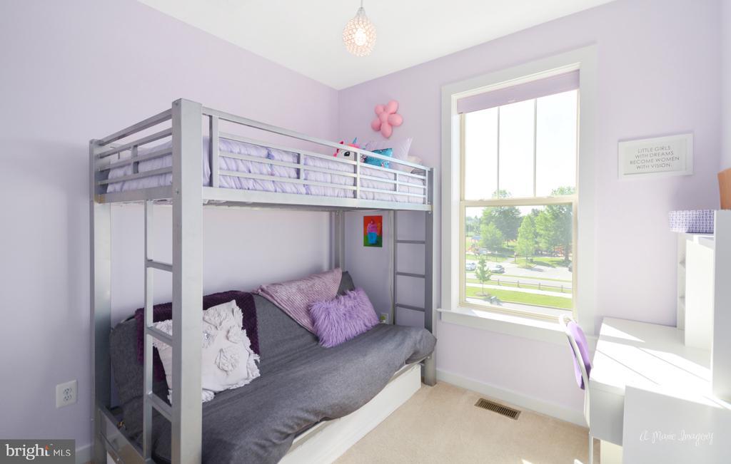 Secondary bedroom #1 - 3239 STONE BARN DR, FREDERICK